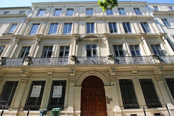 La maison Rédarès au n°6, avenue Feuchères
